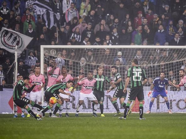 20' di Sassuolo-Juventus, il gol di Nicola Sansone  (LaPresse/Badolato)