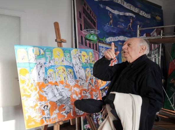 Dario Fo nel suo studio di Milano (Fotogramma)