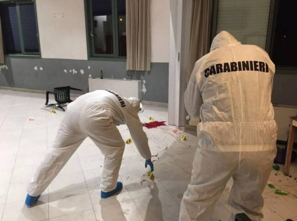 I rilievi sul luogo del delitto (foto Carabinieri)
