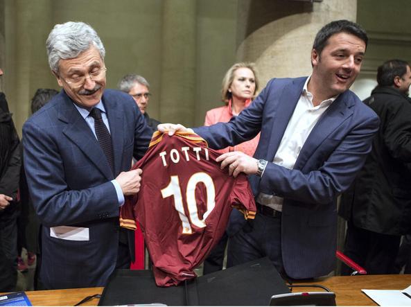 D'Alema e Renzi nel marzo 2014 a Roma (LaPresse)