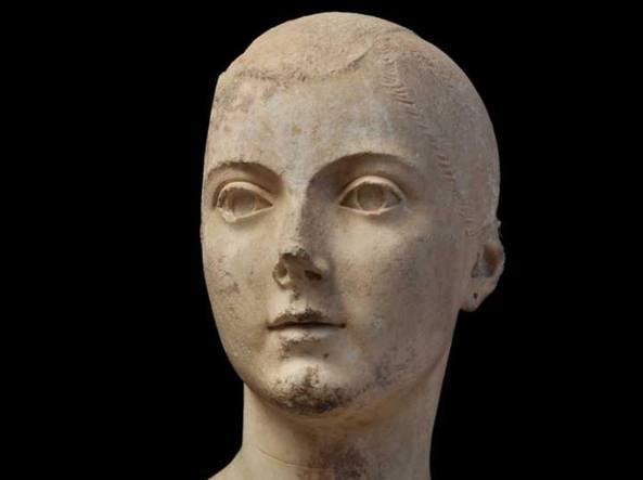 La Fanciulla Torlonia, scultura etrusca ritrovata a Vulci (Viterbo)