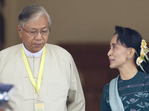 Htin Kyaw   e Aung San Suu  Kyi (Ap)