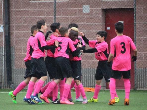 La squadra del Settimo (Torino) insultata dagli avversari per la maglia