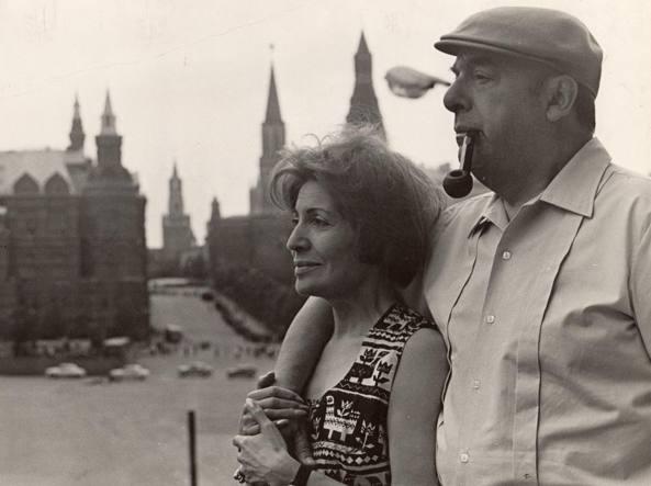 Pablo Neruda con Matilde Urrutia, cantante cilena e sua terza moglie