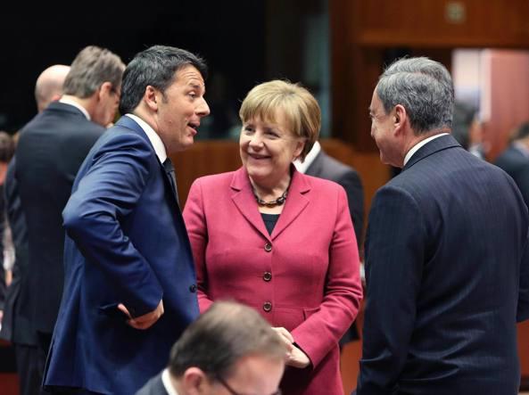 Merkel e Cameron alla prima giornata del vertice Ue sui migranti (Epa/Hoslet)