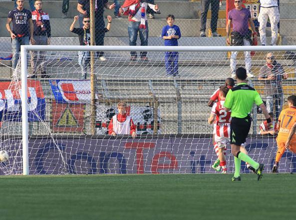 Vicenza-Cagliari 0-2: il gol di Melchiorri (LaPresse)