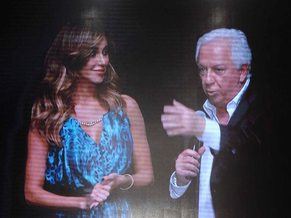 Belen Rodriguez nuovo volto della Guess di Paul Marciano