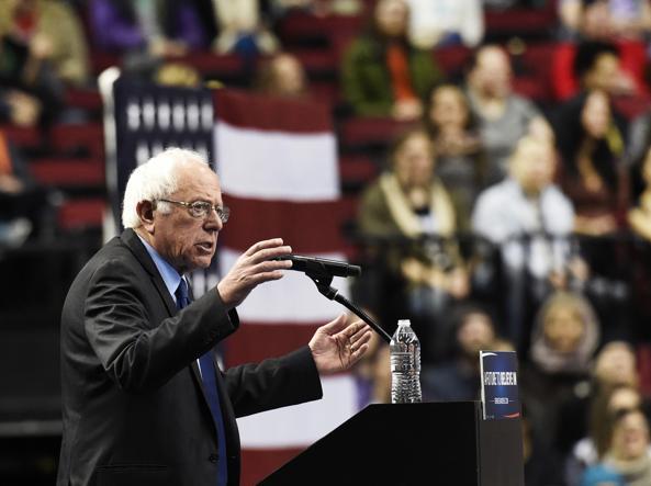 Il candidato alle primarie democratiche Bernie Sanders
