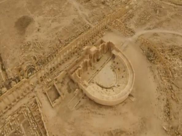 Vista aerea di Palmira, occupata da Isis (Reuters)