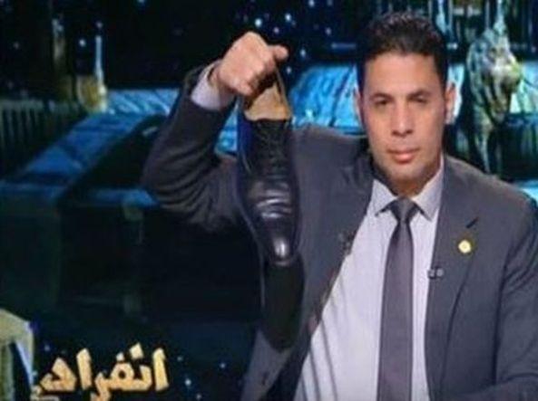 Un deputato egiziano gli risponde in diretta su un'altra rete tv