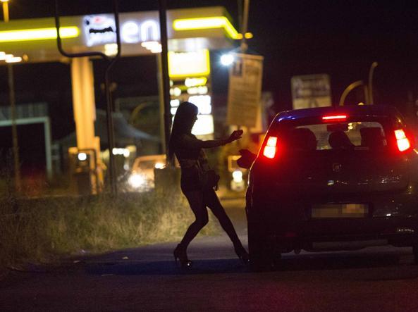 Bologna, investe un vigilante e scappa La vittima era un rumeno 40enne