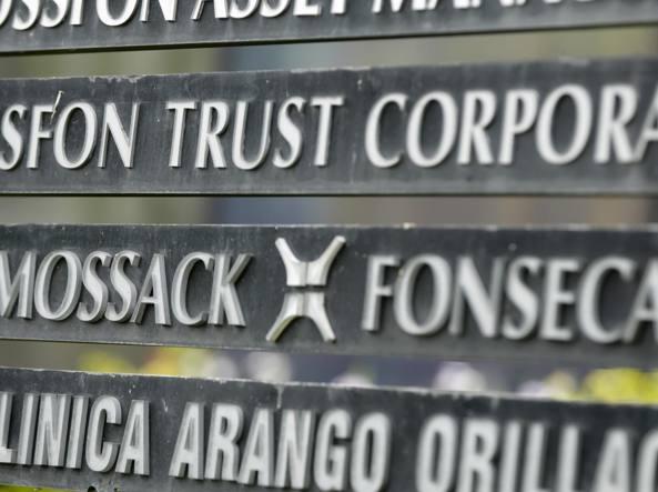 Panama Papers, si dimette il premier islandese Gunnlaugsson