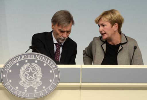 Graziano Delrio e Federica Guidi  (Imagoeconomica)