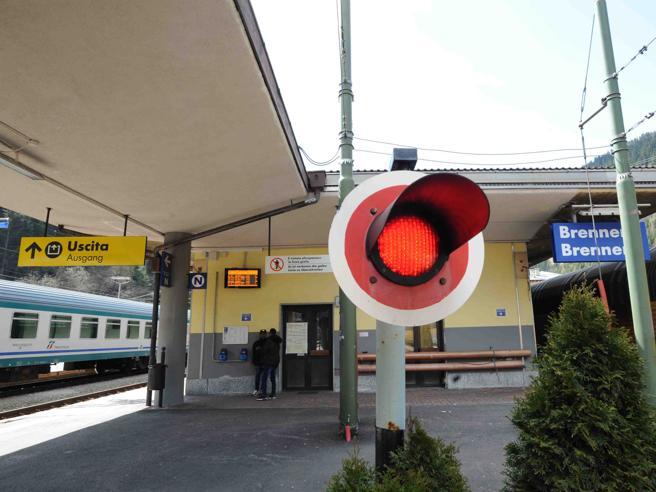 Austria-Italia, sfida sul Brennero Gentiloni: chiusura sarebbe grave