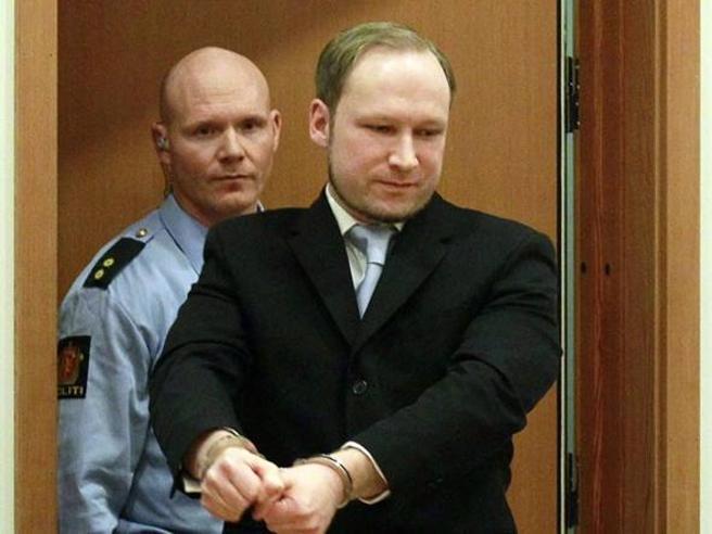 Corte, violati diritti umani di Breivik