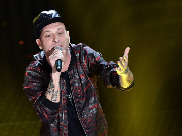 Musica: tentata estorsione ai danni del rapper Clementino, 3 arresti