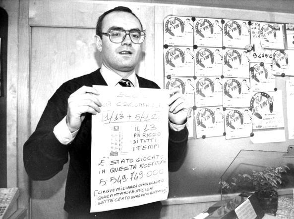 Fiorenzo Bonelli, titolare della tabaccheria di Crema della vincita record