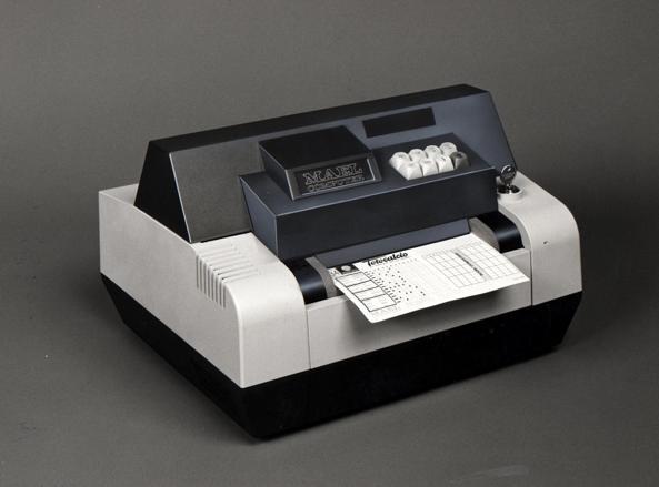 Un apparecchio per le giocate al Totocalcio introdotto negli anni '80