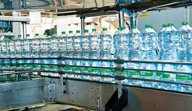 ScorzèLa sostenibile leggerezza dell'acqua in bottiglia