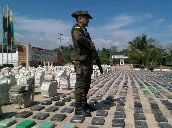 Colombia - Sequestro record di cocaina, 8 tonnellate