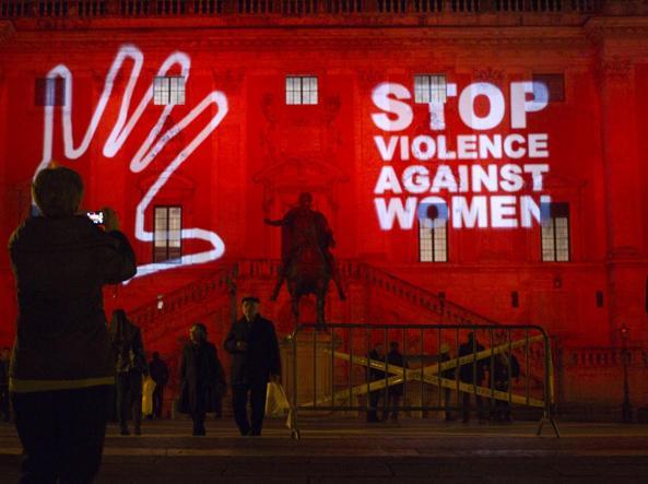 Una manifestazione a Roma contro la violenza sulle donne (Benvegnù-Guaitoli)