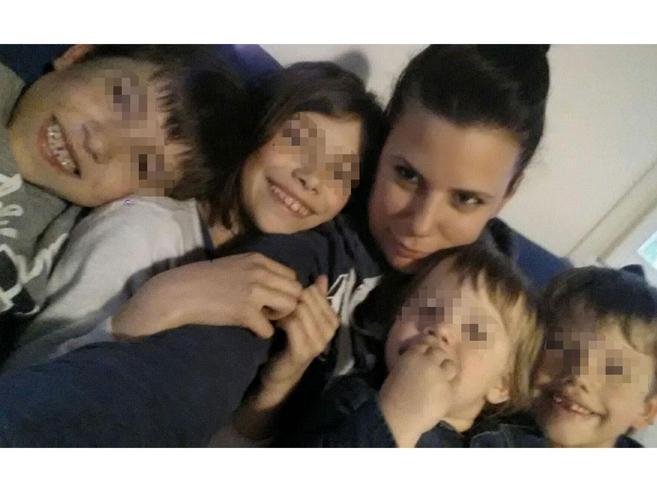 L'Italia si mobilita per Anna e MatteoI fratelli orfani cresceranno con la zia