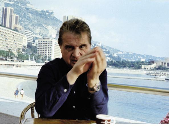 Bacon a Monaco nel 1981, sullo sfondo lo Sporting  e il lungomare del Larvotto (foto: Eddy Batache, MB Art Collection)