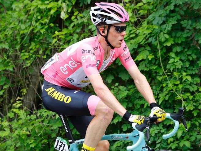 Giro d'Italia, vince Valverde: nuova crisi per Nibali (che pensa al ritiro)