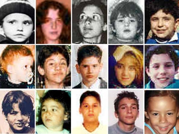 Le foto di alcune delle persone scomparse in Italia quando erano minori: Sergio Isidoro, scomparso il 23 aprile 1979; Mirella Gregori, 7 maggio 1983; Emanuela Orlandi, 22 giugno 1983; Santina Renda, 23 marzo 1990; Pasquale Porfidia, 7 maggio 1990; Benedetta Adriana Roccia, 10 giugno 1990; Salvatore Colletta, 31 marzo 1992; Mariano Farina, 31 marzo 1992; Simona Floridia, 16 settembre 1992; Domenico Nicitra, 21 giugno 1993; Bruno Romano, 26 dicembre 1993 (Ansa)