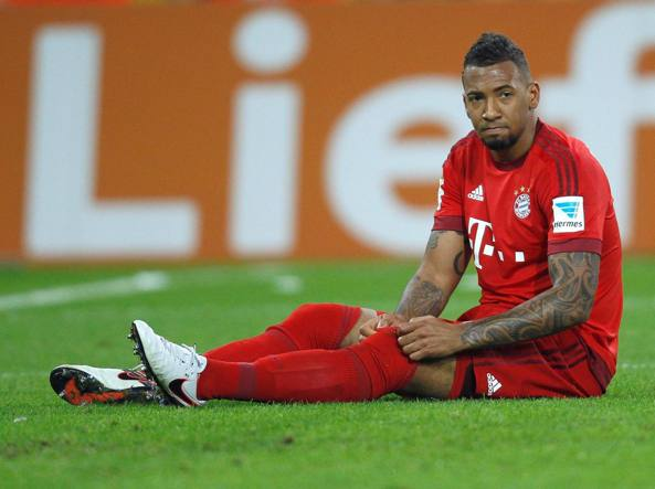Calcio, esponente Afd contro Boateng: