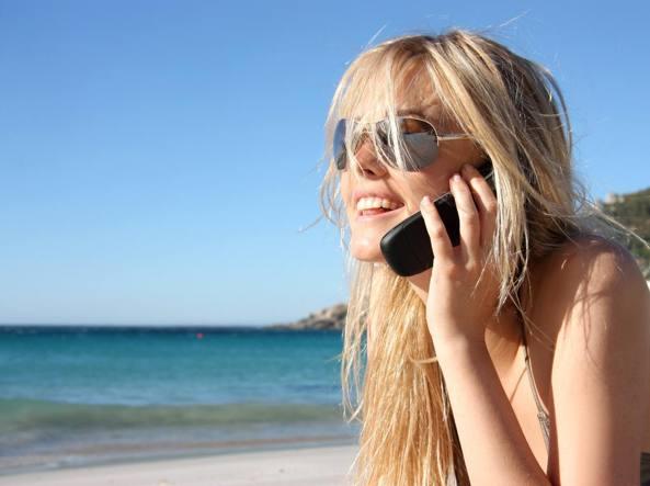 Agcom diffida Tim e Wind su tariffe roaming