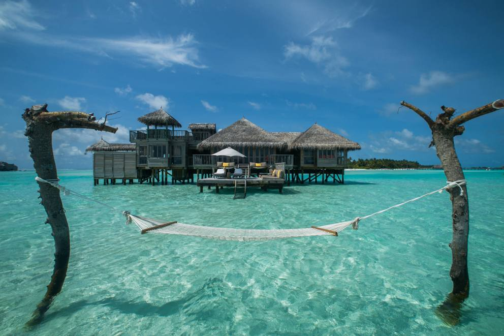 Rifugi galleggianti stanze sugli alberi i 50 hotel pi for L hotel piu bello del mondo