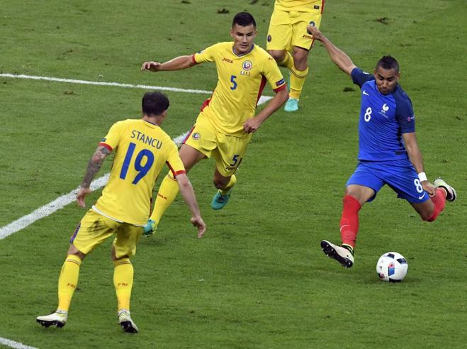 Payet salva la FranciaChi è il commesso calciatore che viene da lontano Video