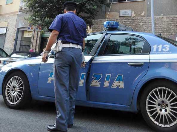 Donna violentata in casolare in Toscana