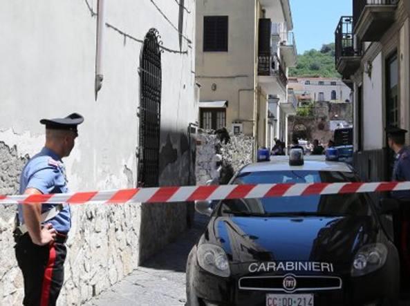 A Napoli maxi operazione anti camorra, 90 arresti