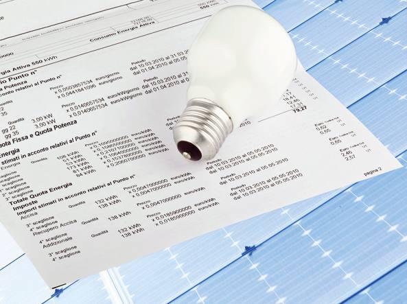 Energia, Autorità: da luglio bollette luce +4,3%, gas +1,9%