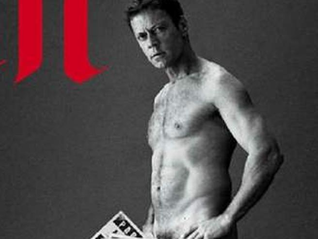 Rocco Siffredi nudo sul supplemento di Le Monde. Scandalo in Francia