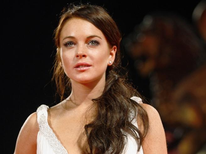 Lindsay Lohan si è convertita all'Islam? I 30 anni dell'ex «bambina terribile» della Disney