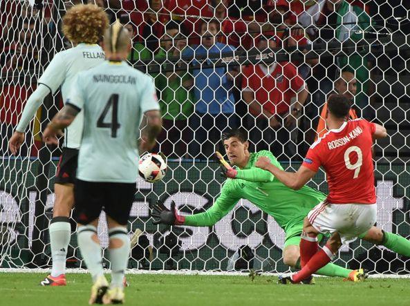 (Afp) Il momento in cui Robson-Kanu, dopo un bellissimo movimento, insacca il 2-1 per il Galles