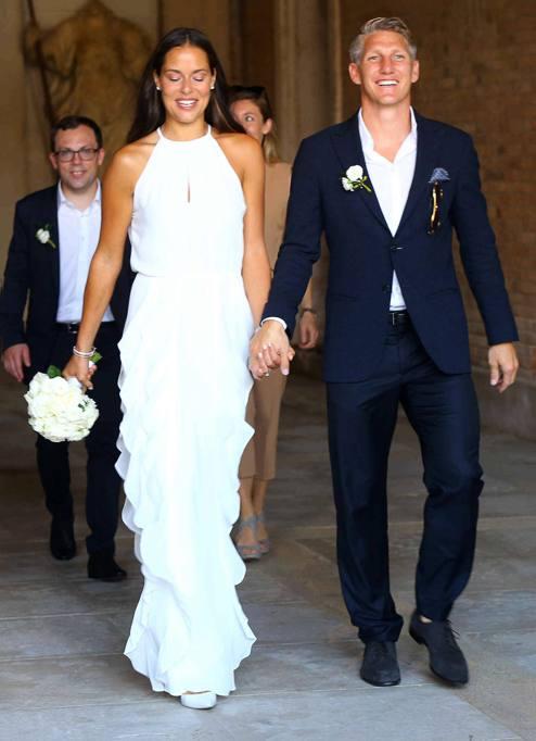 Matrimonio In Tedesco : Il calciatore tedesco bastian schweinsteiger ha sposato la
