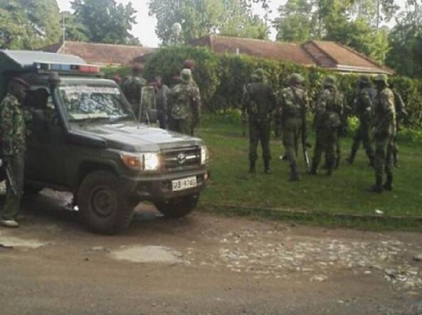 Kenya, attacco a stazione di polizia: morti e ostaggi