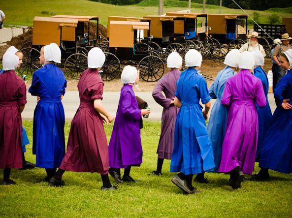 Ragazze della comunità Amish