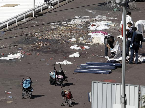 Francia: attentato a Nizza, 73 morti