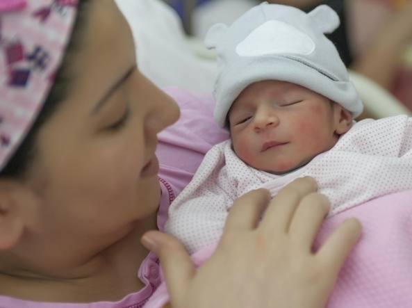 Screening neonatale obbligatorio, è la prima proposta targata M5S che diventa legge