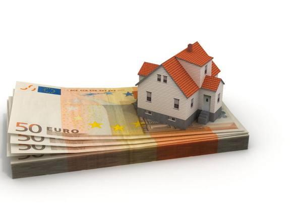 Tassi zero, ecco come risparmiano e investono gli italiani