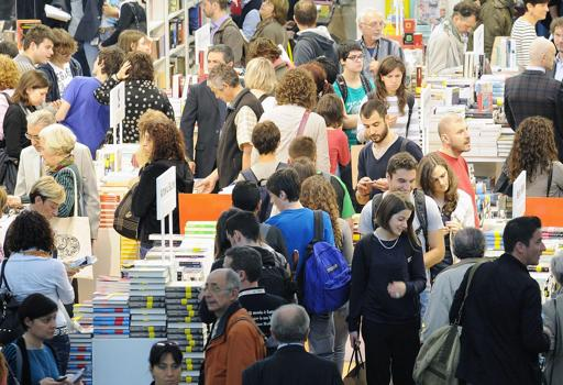 Il Salone internazionale del Libro di Torino (2013, Foto Ansa)