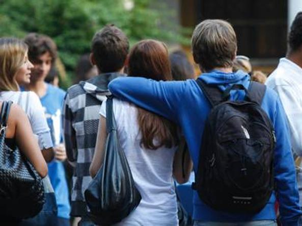 Tumori: Gli adolescenti guariscono meno dei bambini