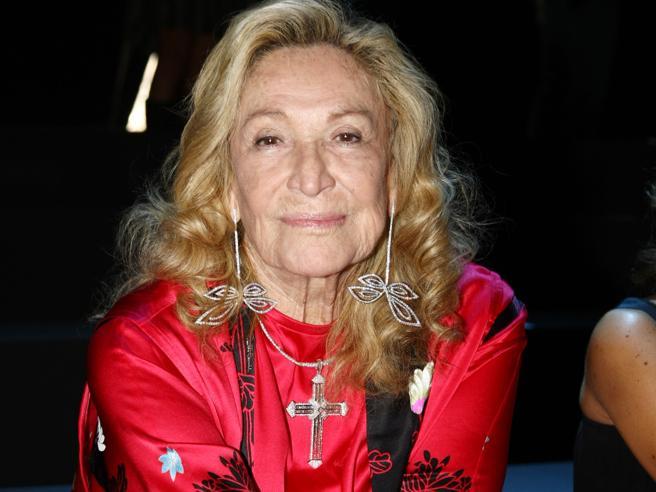 Morta Marta Marzotto|FotostoriaNei suoi salotti da Pertini ad AfefLa camera ardente a Milano: foto