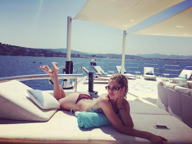 Estate 2016, i vip scelgono il Mediterraneo: ecco chi è in vacanza tra Ibiza, Capri e Mykonos