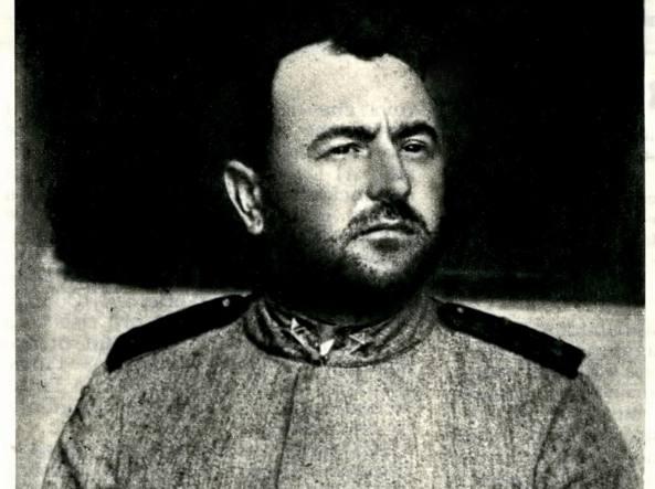 Nazario Sauro fotografato il 9 agosto 1916, poche ore prima dell'esecuzione